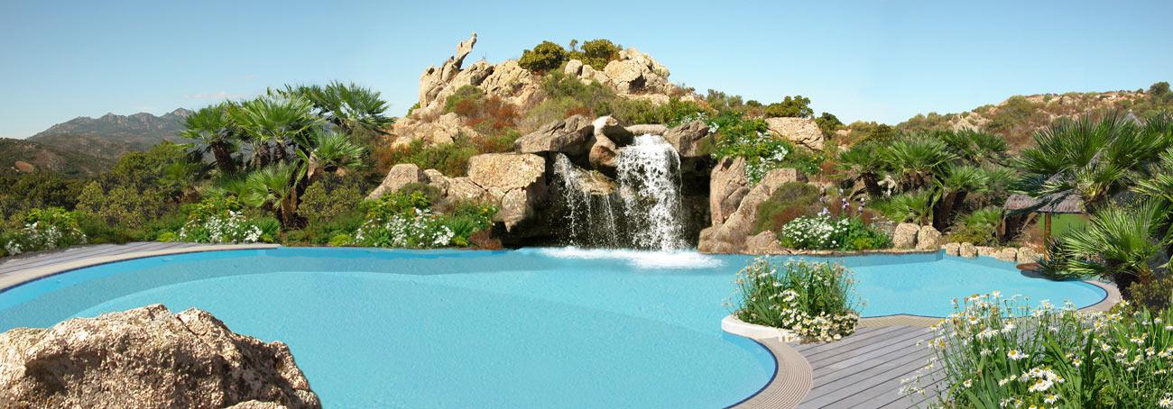 Piscine con rocce naturali grotte e cascate di acqua - Piscina acqua salata ...