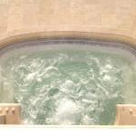 piscina_travertino_idromassaggio_01