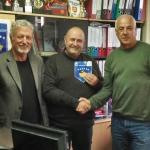 Kosovo_GabrielePazzaglia_e_presidente_e_segretario_volley_del_Kosovo